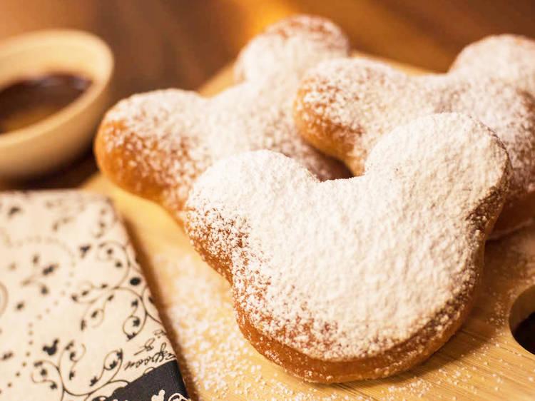 Disneyland and Disney World's beignets