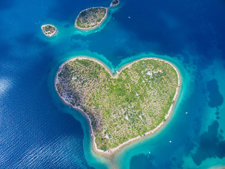 Fall in love with gorgeous Galešnjak