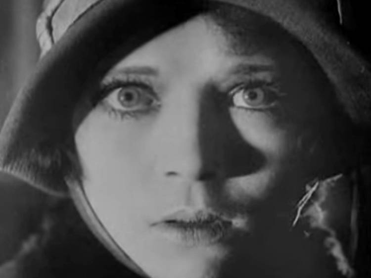 Ménilmontant (1926) de Dimitri Kirsanoff
