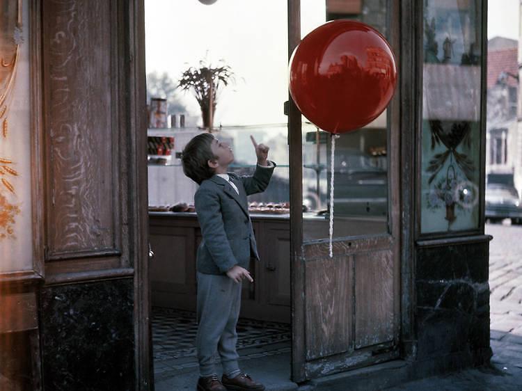 Le Ballon rouge (1956) d'Albert Lamorisse