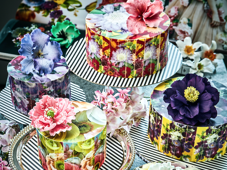 Ms B's Cakery flower cakes