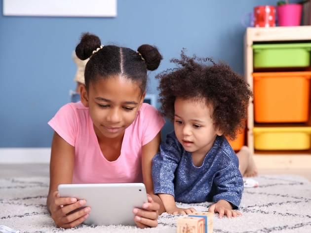 NYC Schools continue iPad distribution