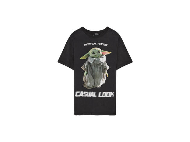 Camiseta de The Mandalorian de Bershka