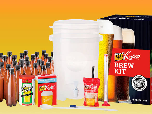 Coopers DIY brewing kit with the all the equipment