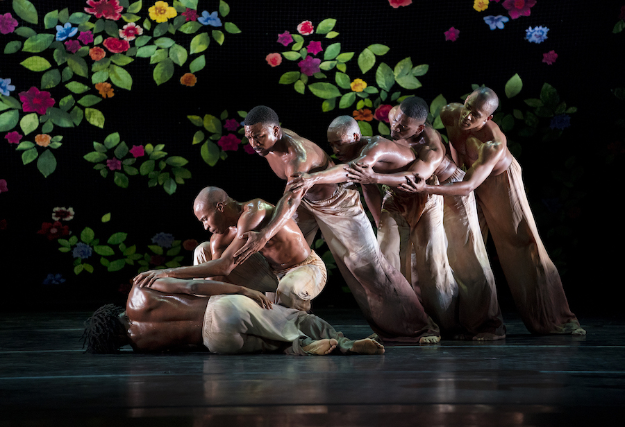 Alvin Ailey American Dance Theater in Jamar Roberts's Ode