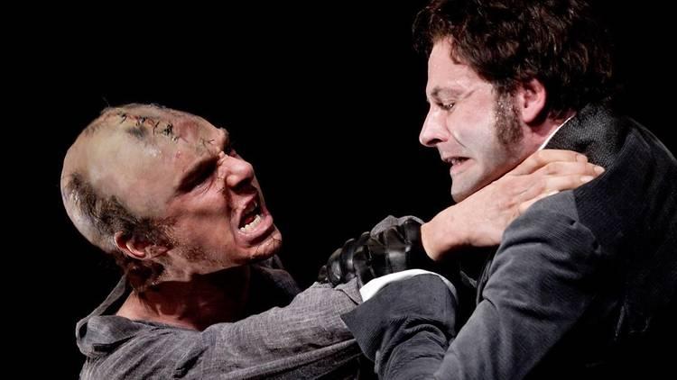 Benedict Cumberbatch and Jonny Lee Miller in Frankenstein (National Theatre Live)