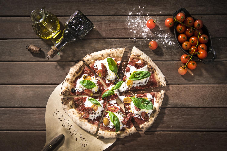 Publico Ristorante burrata pizza