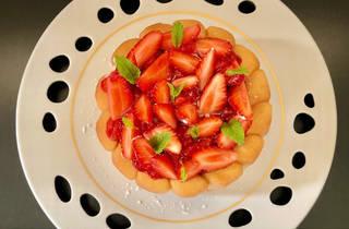 Strawberry charlotte by Cristophe Hay, La Maison d'à Côté