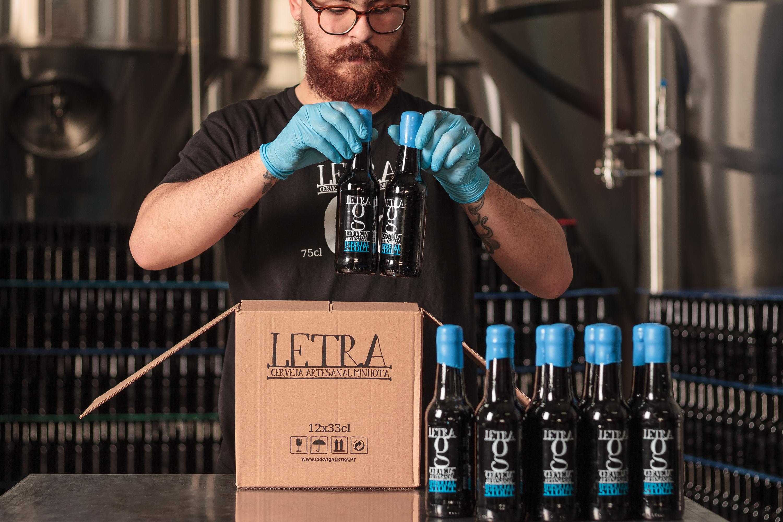 Letra, cerveja artesanal, marca portuguesa