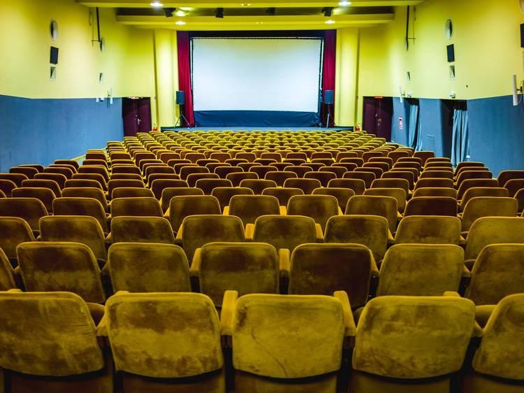 See a vintage film at Kino Kinoteka