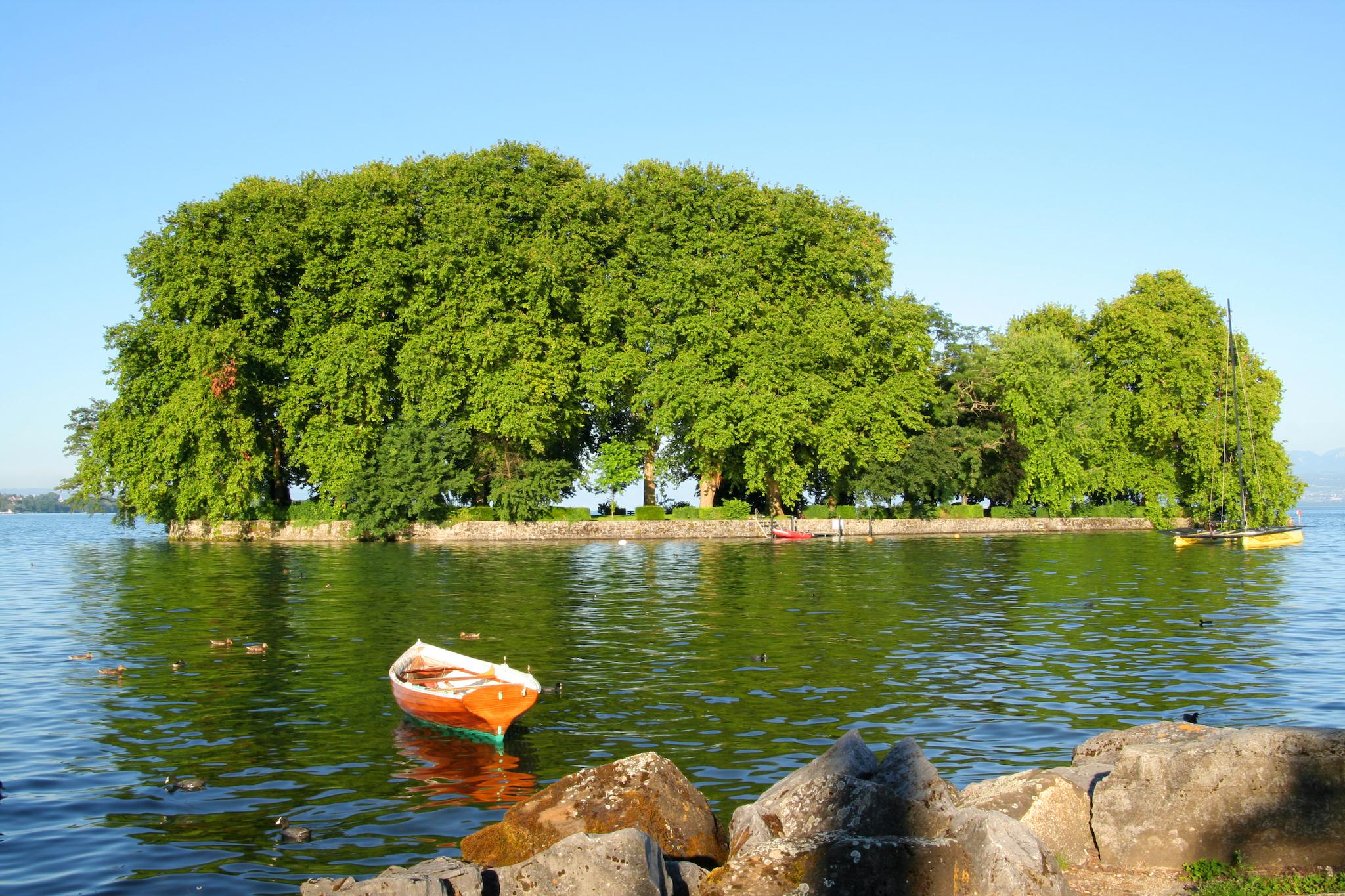 Île de la Harpe, Lake Geneva Region. for Swiss Islands Switzerland Tourism campaign. Do not reuse.