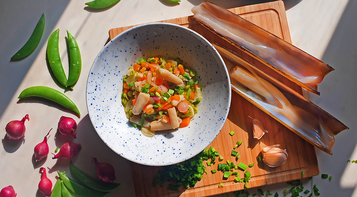 Ask the expert: sweet peas and razor clams recipe by chef Ferran Tadeo