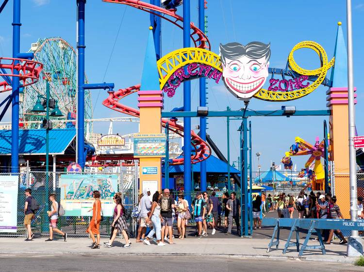 Have an old-school date at Coney Island