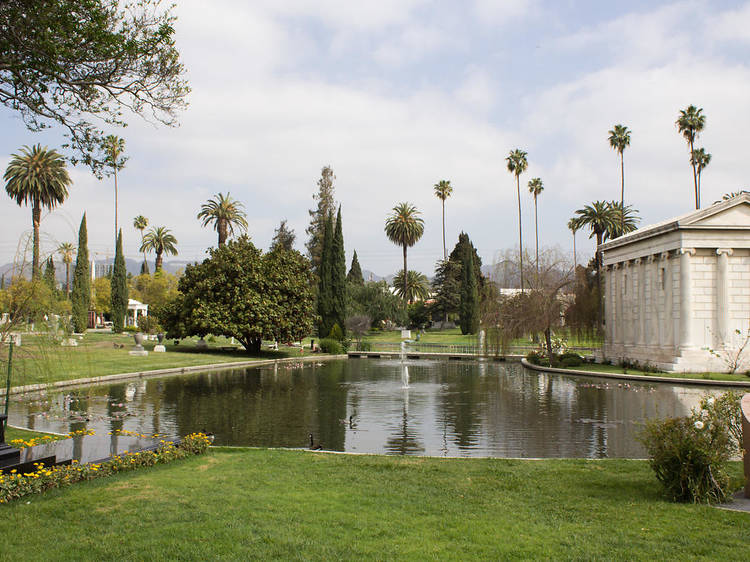 Los Angeles, CA: Hollywood Forever Cemetery
