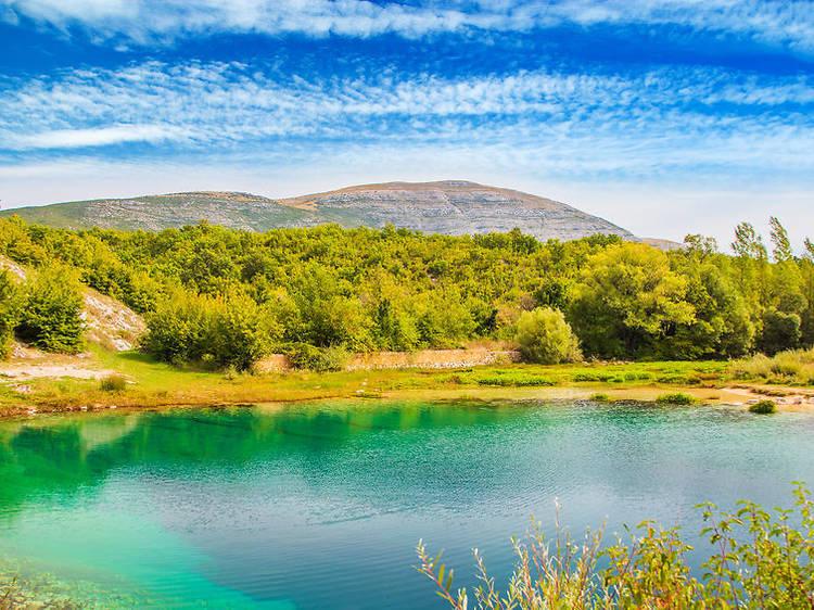 What makes the Dinara mountain so special?