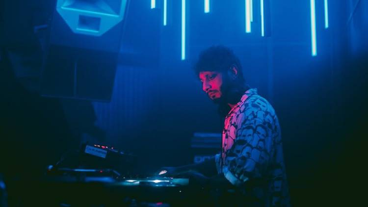 Musica, DJ, Switchdance, Lux Frágil