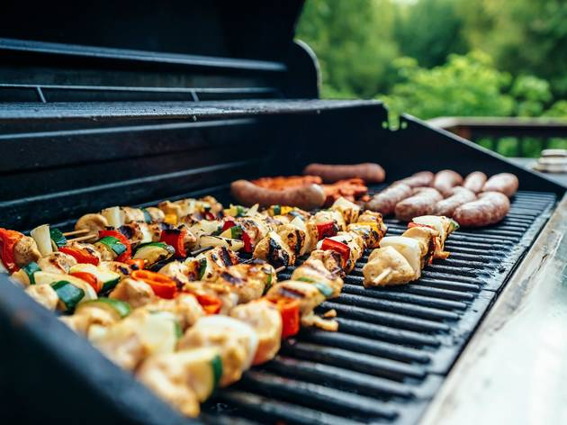 Order a grill kit from Chicago restaurants