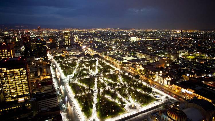 Vista de la Alameda Central desde el mirador de la Torre Latinoamericana