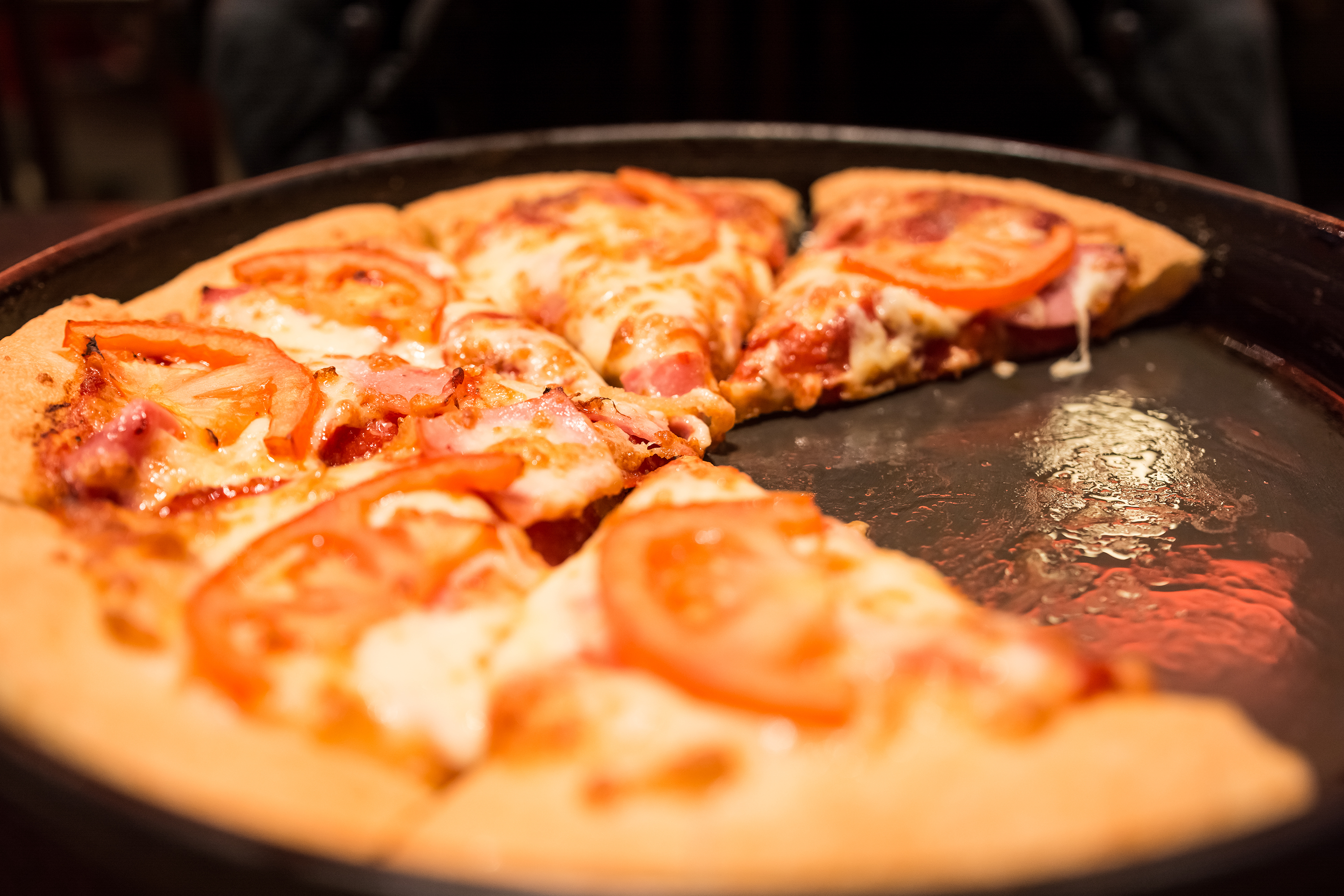 Pizza Hut is giving out 500,000 free pizzas to high school graduates