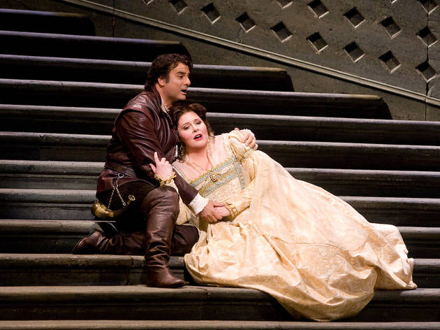 Angela Meade as Elvira and Marcello Giordani in the title role of Verdi's Ernani