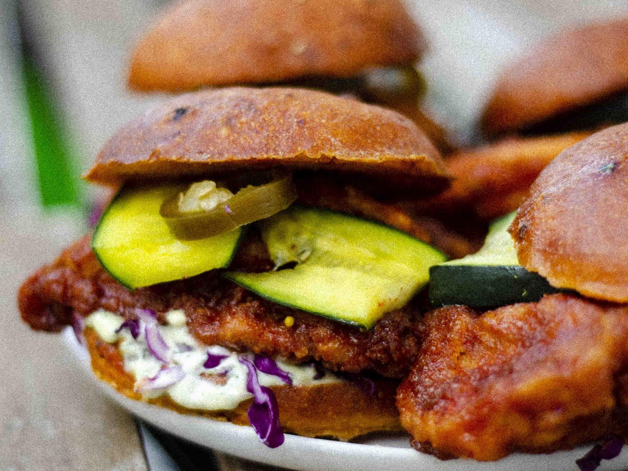 Malamadre Food, Sanduíche de frango frito