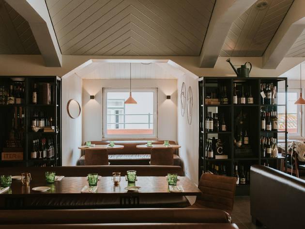 Topo da Pollux reabre como restaurante e agora chama-se Terraço Editorial