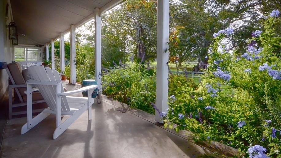 A country verandah