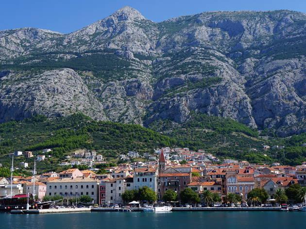 Make your way across the Makarska Riviera