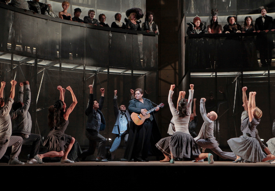 """Stephanie Blythe (with guitar) as Orfeo in Gluck's """"Orfeo ed Euridice"""""""