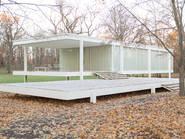 Farnsworth House de Mies Van Der Rohe