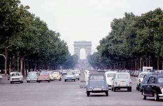 Champs-Elysées in 1968