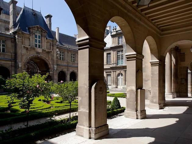 Jardin du musée Carnavalet © A. Dumont/DAC
