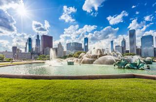grant park, buckinghman fountain, skyline, chicago, Shutterstock