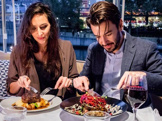 Melbourne Boat Hire romantic dinner cruise