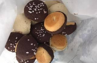 concha bites de la conchuda de sabor chocolate