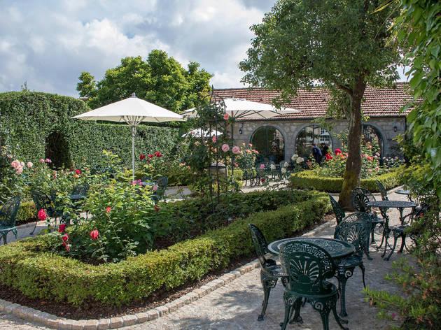 Pode terminar a visita no Jardim das Rosas