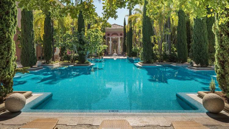 Hotel Anantara Villa Padierna piscina