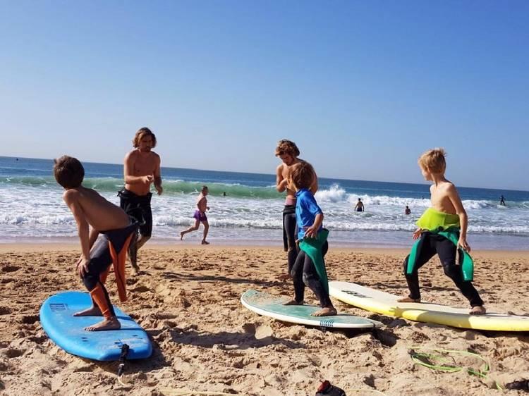 Vamos planear as férias? Descubra 22 programas infantis para este Verão