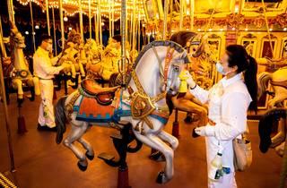 Hong Kong Disneyland to reopen