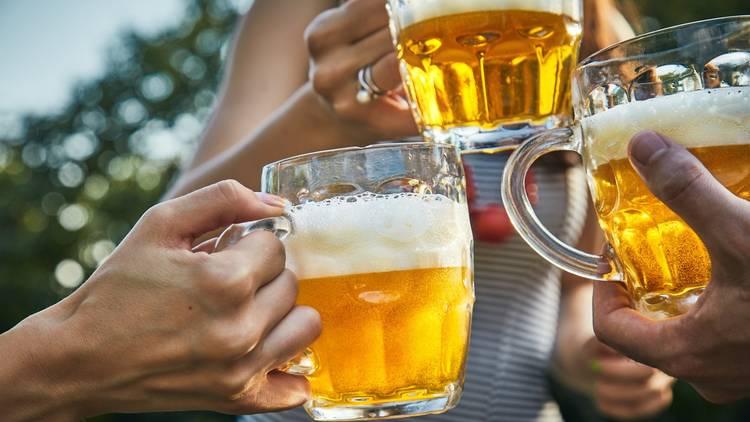 takeaway pints in glasses