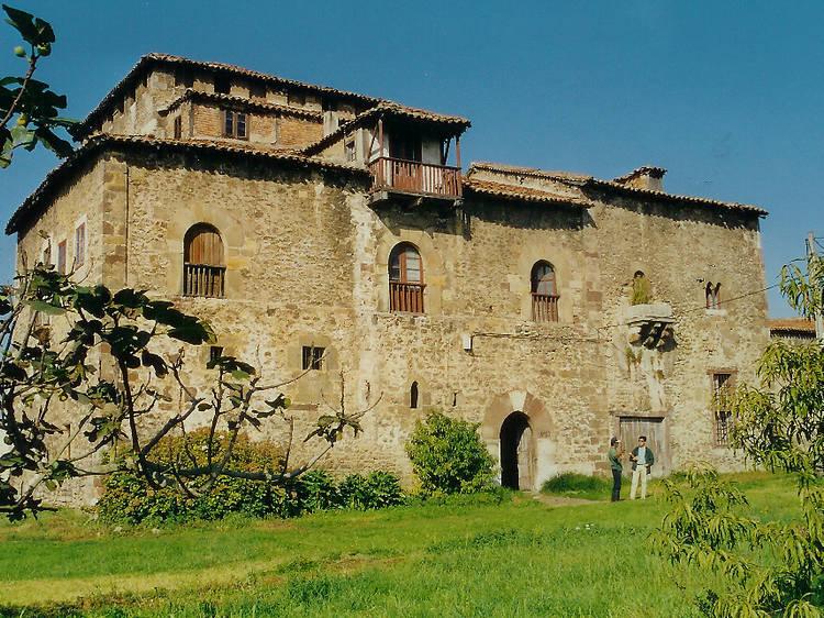 Casa Palacio de Calderón de la Barca (Cantabria)
