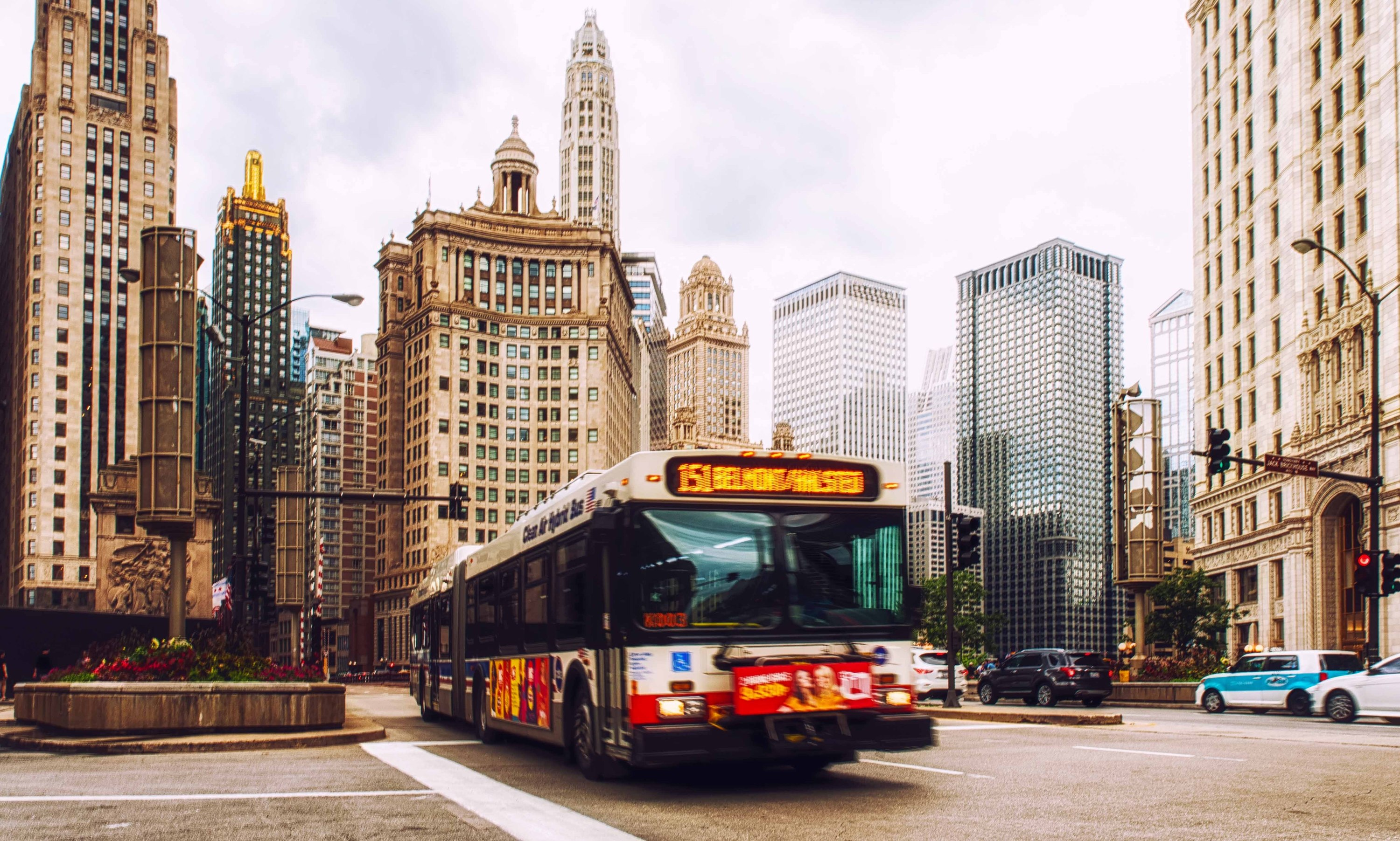 The CTA will release weekly bus-crowding reports to help riders avoid congested commutes