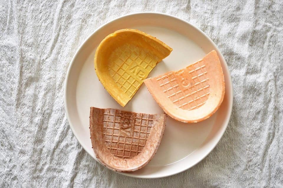 Edible plates