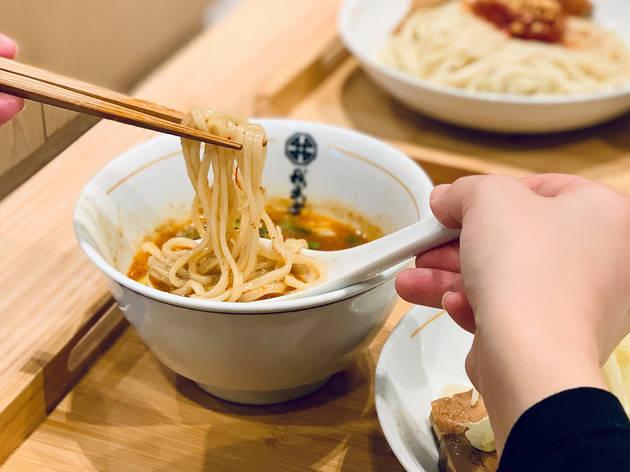 Gamushara curry miso tsukemen