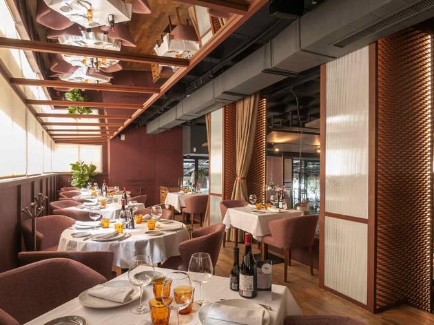 Rocacho dining room