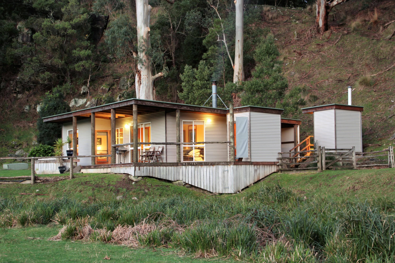 Aire River Escape Airbnb Victoria