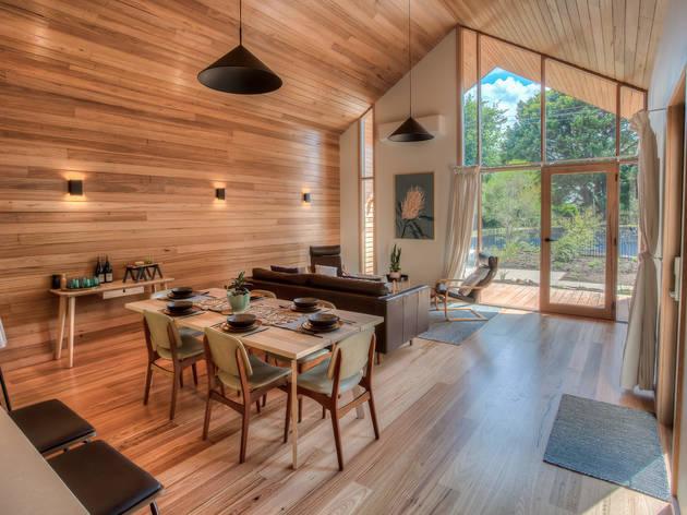 Riverstone Airbnb Victoria