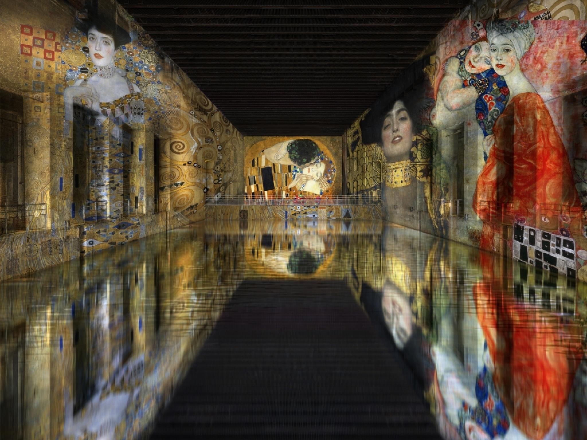 Esta antiga base submarina é agora o maior espaço de arte digital do mundo