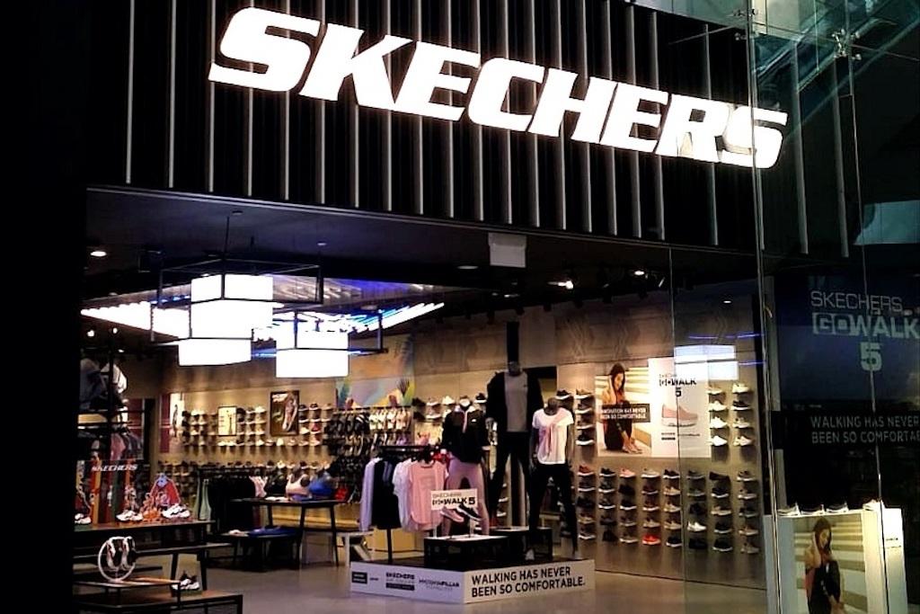 recuerdos Marketing de motores de búsqueda Negrita  Skechers | Shopping in Changi , Singapore