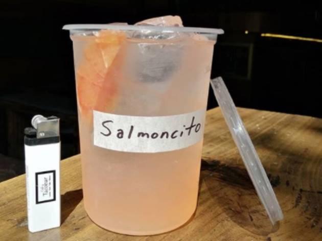 salmoncito de gin y campari